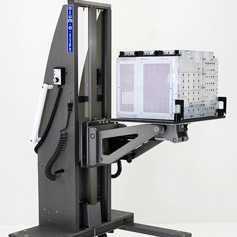 航空機 電動アーム付きリフト機 SAアームリフト[SA arm-Lift] |三愛化成商事株式会社