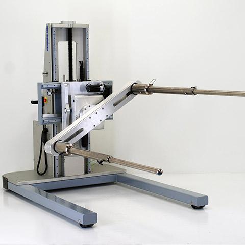 太陽光エネルギー 電動アーム付きリフト機 SAアームリフト[SA arm-Lift] |三愛化成商事株式会社