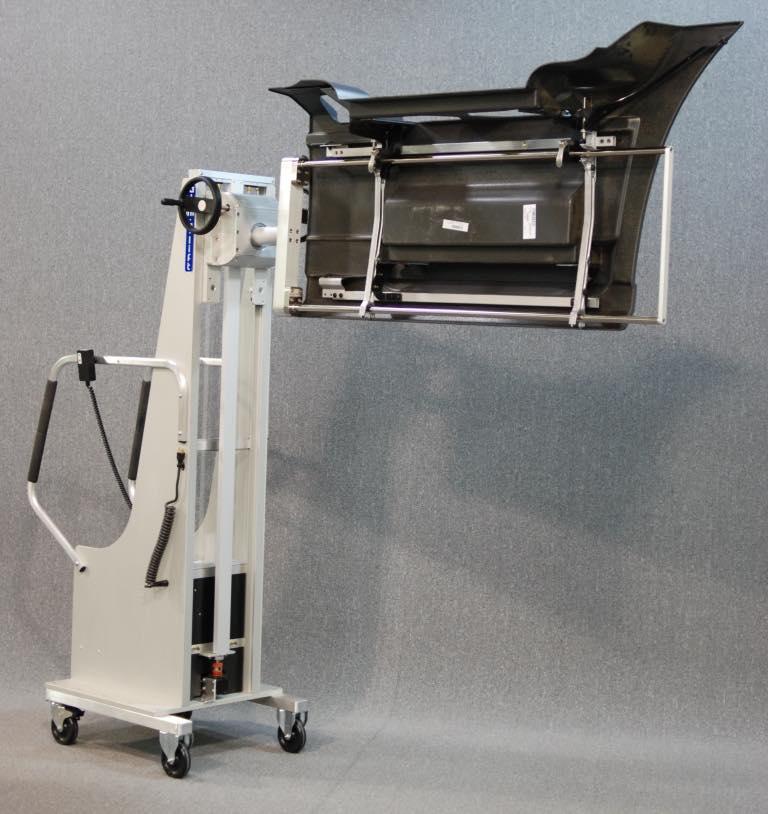 #24511 プラスチックパネルを取り付けるための回転器具を備えた人間工学に基づいたバランスリフト