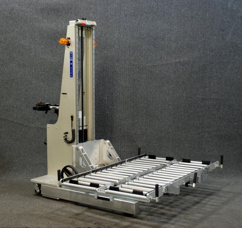 #21427 Powered drive lift with a roller deck for large computer and components in data centers