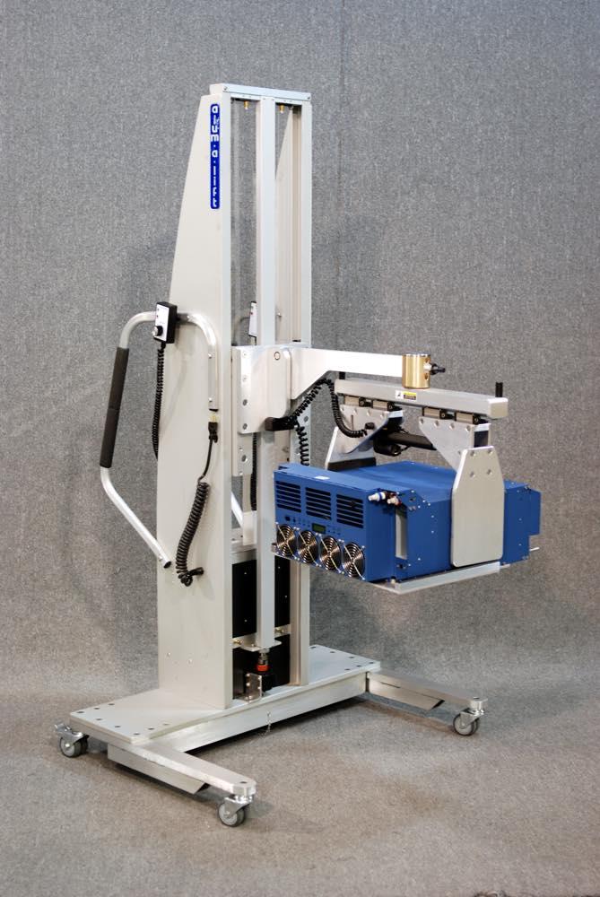 #24341 制御モジュール用の旋回グリッパーを備えた人間工学に基づいたリフト